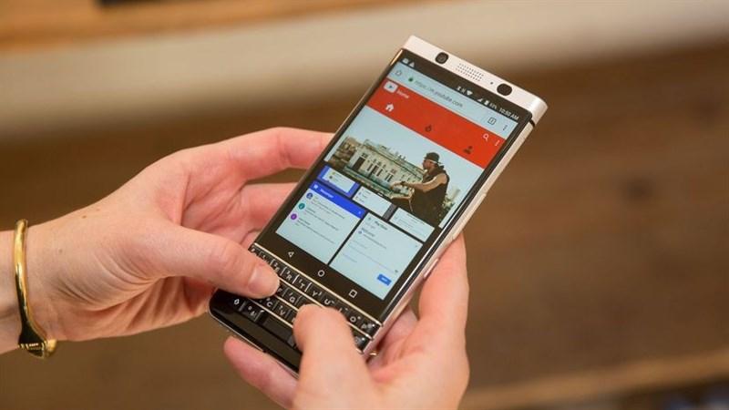 Cách sử dụng phím cứng để kích hoạt nhanh ứng dụng trên BlackBerry